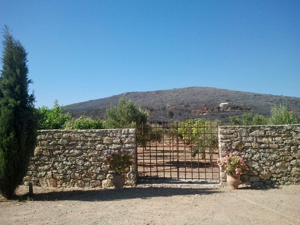 Een week na de grote brand op Kythira
